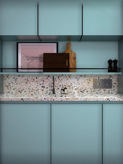 Küchen mit blauen Schränken und Arbeitsplatte aus Terrazzo Ideen ...