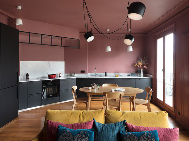 Contemporary Kitchen by AMOS