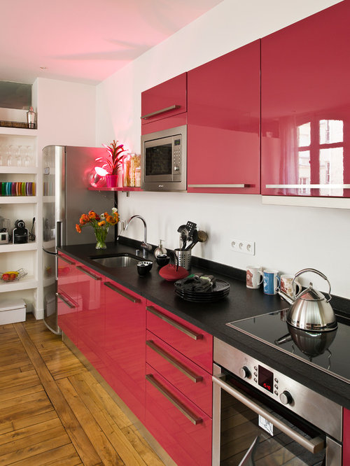 Medium Sized Kitchen Design Ideas Renovations Photos With Red Cabinets