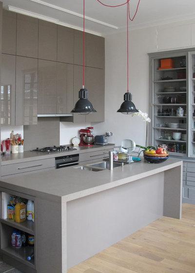 Современный Кухня by architecte d'intérieur CFAI