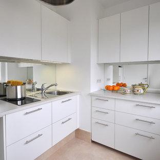Küchen mit Rückwand aus Spiegelfliesen in Paris Ideen, Design ...