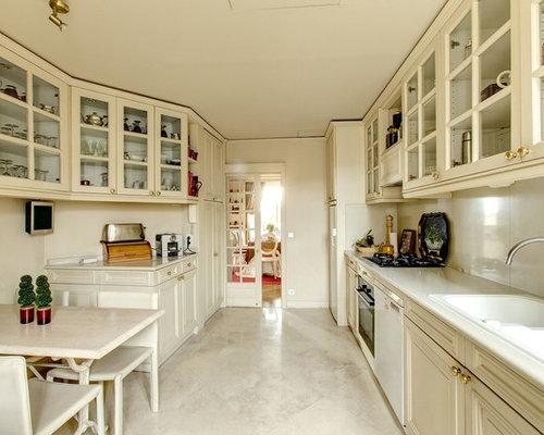 Cuisine classique ferm e photos et id es d co de cuisines for Amenagement cuisine fermee