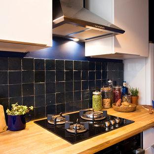 パリのエクレクティックスタイルのおしゃれなキッチンの写真