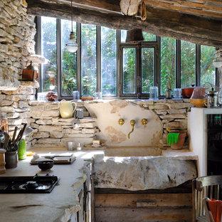 Réalisation d'une petite cuisine américaine champêtre en L.