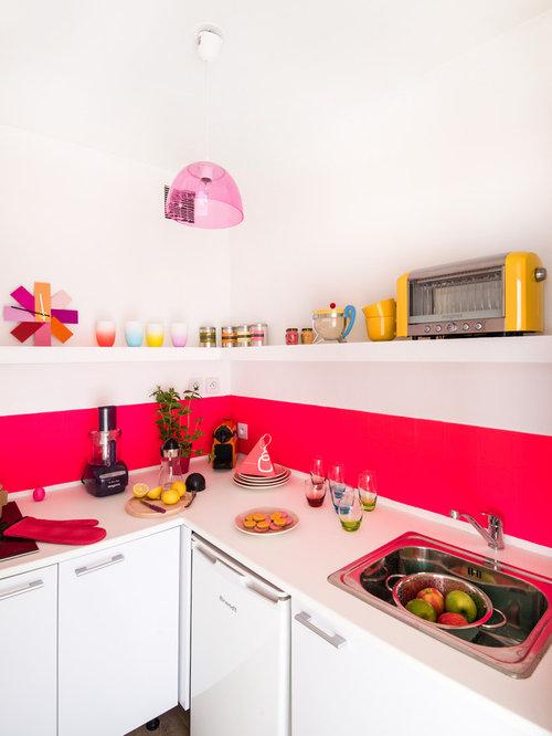 Cuisine avec une cr dence rose photos et id es d co de for Cuisine ouverte 3m2
