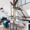 Visite Privée : Esprit loft sous les toits de Paris
