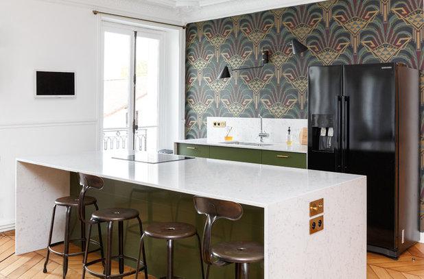 Современный Кухня by Mon Plan d'Appart
