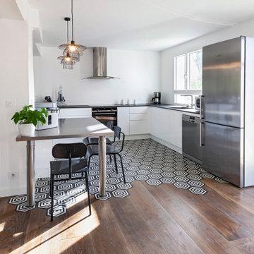 Conception et rénovation d'une cuisine avec verrière