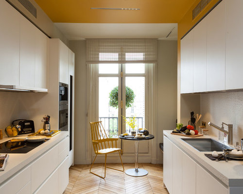 Mid Sized Contemporary Eat In Kitchen Pictures   Eat In Kitchen   Mid