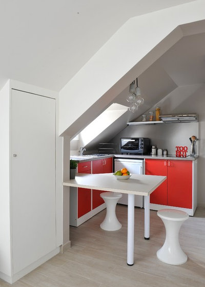 Contemporary Kitchen by AGENCE ANAIS GAUTHIER