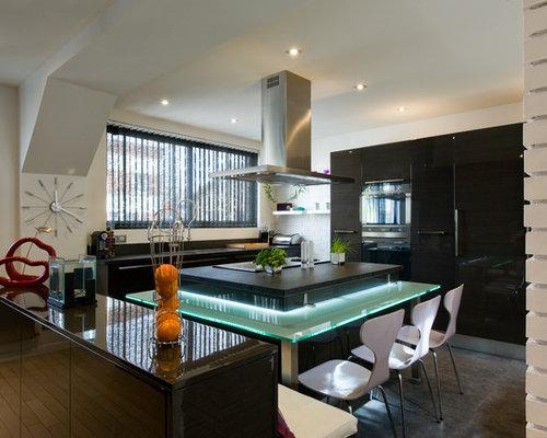 la cuisine dans le bain skconcept moderne chic table lumineuse. Black Bedroom Furniture Sets. Home Design Ideas