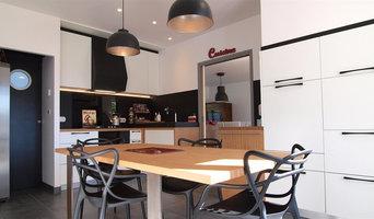 Cuisine design noire et blanche à Quimperlé