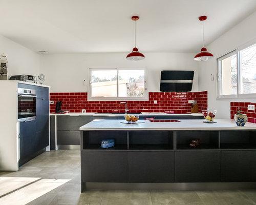 Cuisine avec un plan de travail en stratifi photos et id es d co de cuisines - Carrelage metro bordeaux ...