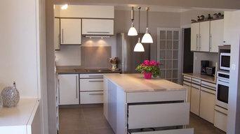 cuisine rénové avec le mobilier récupéré