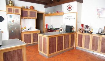 Cuisine sur-mesure en Merisier massif et plaquage d'Amarante
