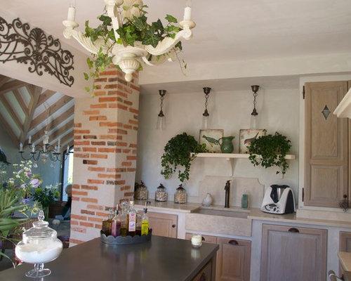 75 Farmhouse Clermont-Ferrand Kitchen Design Ideas - Stylish ...