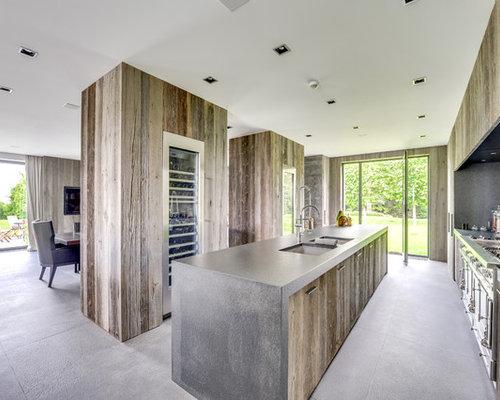 Cuisine avec des portes de placard en bois vieilli photos et id es d co de cuisines - Cuisine lineaire design ...