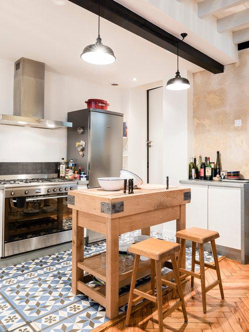 Galley eat in kitchen design ideas renovations photos for Kitchen zinc design