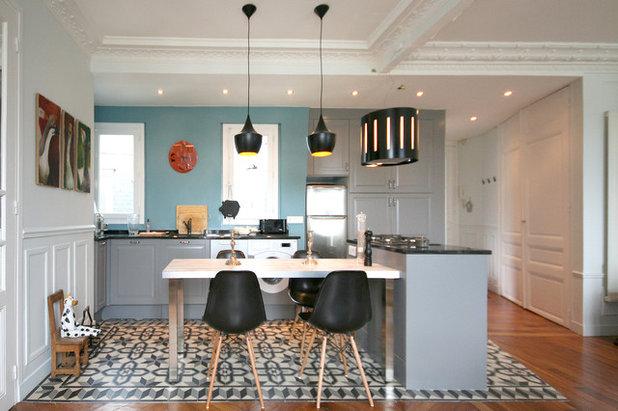 Salotto Moderno Con Parquet E Cucina A Vista Interior Design