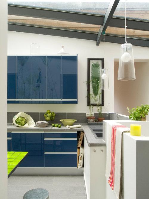 Images de d coration et id es d co de maisons for Taille moyenne cuisine