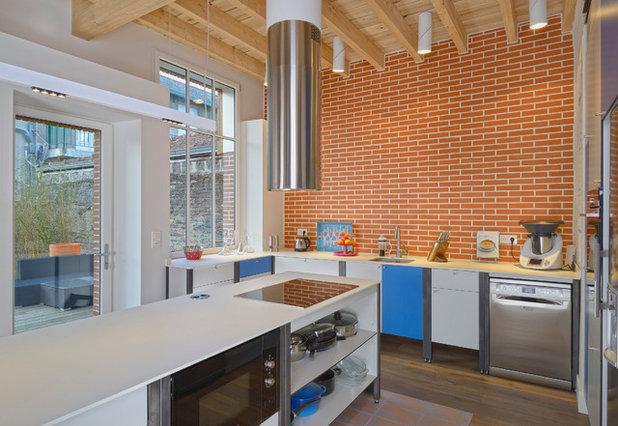 Industrial Kitchen by Les Ateliers de Cécile