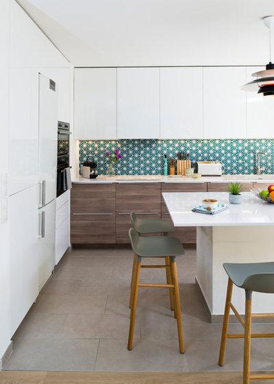 8 vorteile einer k chentheke ideen und planungstipps. Black Bedroom Furniture Sets. Home Design Ideas