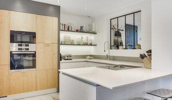 inspiration scandinave pour une cuisine blanche et bois contacter distha cuisines