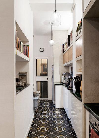 comment nettoyer du carrelage et des tomettes. Black Bedroom Furniture Sets. Home Design Ideas