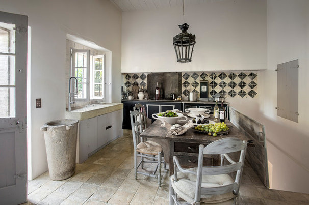 Farmhouse Kitchen by Bernard Touillon Photographe