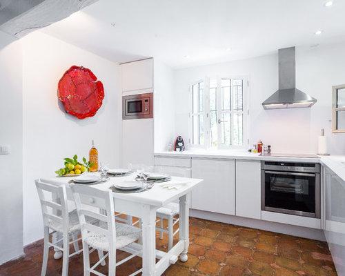 Cuisine Avec Un Sol En Carreau De Terre Cuite Photos Et Idées - Carrelage cuisine terre cuite pour idees de deco de cuisine
