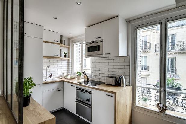 Skandinavisch küche by atelier daaa