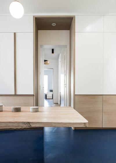 Contemporary Kitchen by Miriam Gassmann