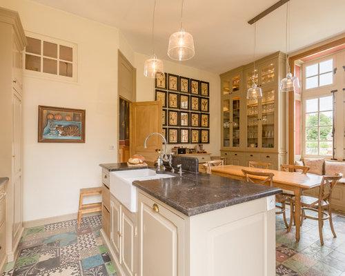 cuisine avec un vier de ferme photos et id es d co de cuisines. Black Bedroom Furniture Sets. Home Design Ideas