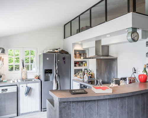 Cuisine industrielle photos et id es d co de cuisines for Cuisine vitree industrielle