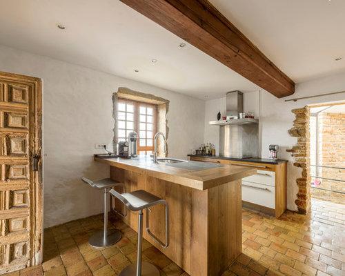 cuisine avec un sol en carreau de terre cuite photos et id es d co de cuisines. Black Bedroom Furniture Sets. Home Design Ideas