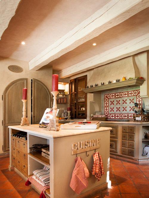 Exceptionnel Cuisine avec des portes de placard en bois vieilli : Photos et  XC66