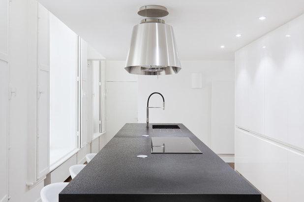 inspiration cuisine hotte. Black Bedroom Furniture Sets. Home Design Ideas