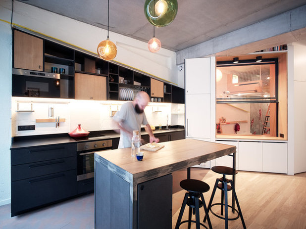 Contemporary Kitchen by Atelier Pelpell