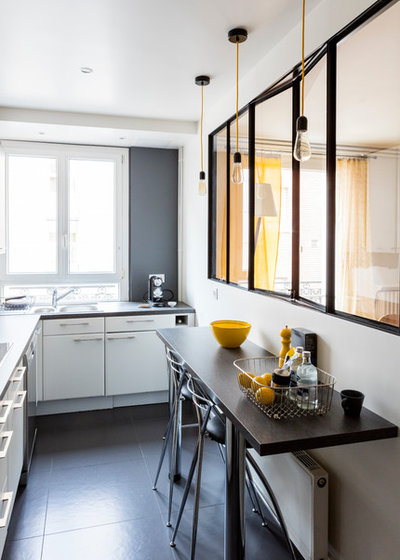 Современный Кухня by Prisca Pellerin Architecture & Intérieur