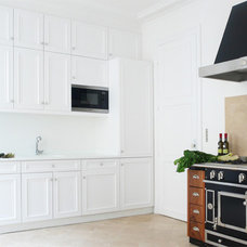 Traditional Kitchen by A+B KASHA Designs