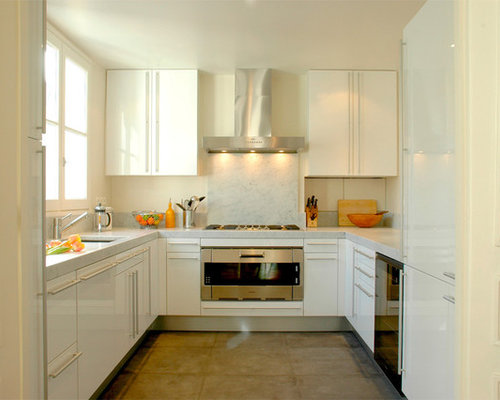 Amazing Inspiration For A Mid Sized Modern U Shaped Enclosed Kitchen Remodel In  Paris With Part 17