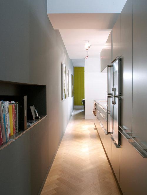 Couloir avec un mur gris : Photos et idées déco de couloirs