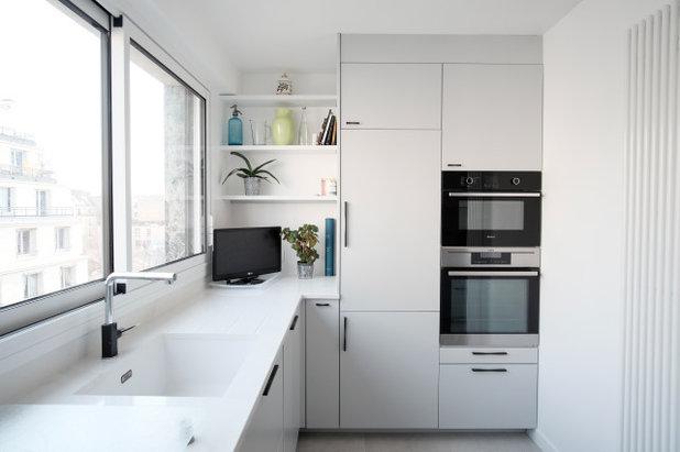 Современный Кухня by SHK Architecture & Intrieurs