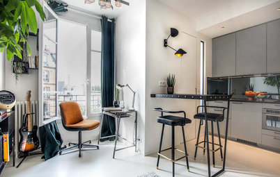 Houzz Tour: Small Paris Studio Gets Extra Sleeping Room and Light