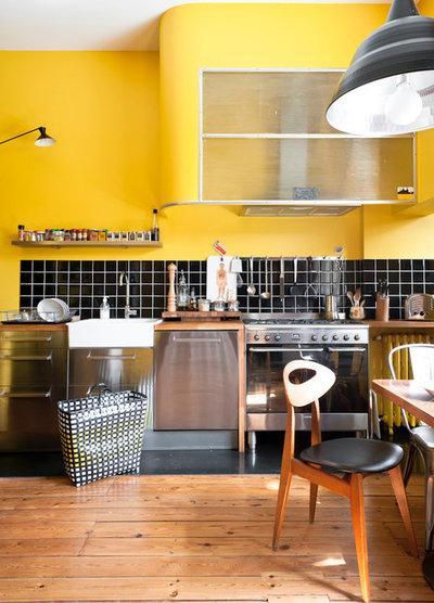 Colpo di Colore: Un Tocco di Giallo in Cucina