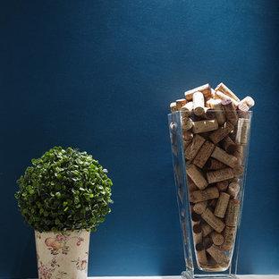 Offene, Mittelgroße Moderne Küche in L-Form mit Waschbecken, Kassettenfronten, Edelstahlfronten, Arbeitsplatte aus Holz, Küchenrückwand in Weiß, Rückwand aus Holz, Küchengeräten aus Edelstahl und Kücheninsel in Paris