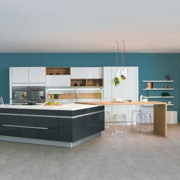Sensations - Une cuisine contemporaine avec un vaste îlot central