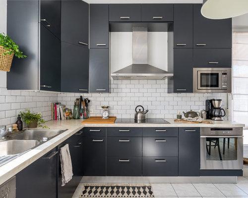 cuisine scandinave avec des portes de placard noires photos et id es d co de cuisines. Black Bedroom Furniture Sets. Home Design Ideas