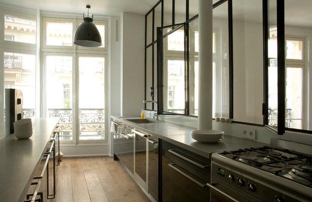 am nager sa cuisine 10 solutions pour int grer une verri re atelier. Black Bedroom Furniture Sets. Home Design Ideas