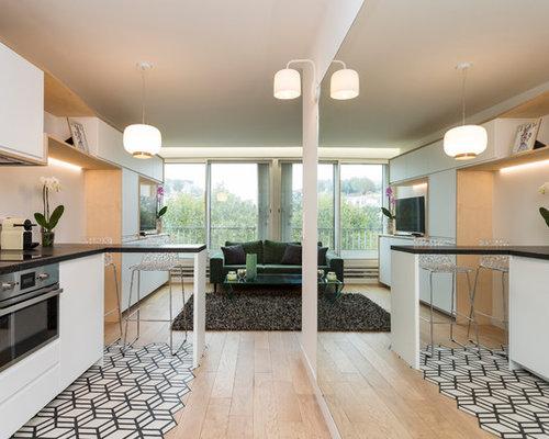 Cucina con top in laminato e pavimento con cementine - Foto e Idee ...